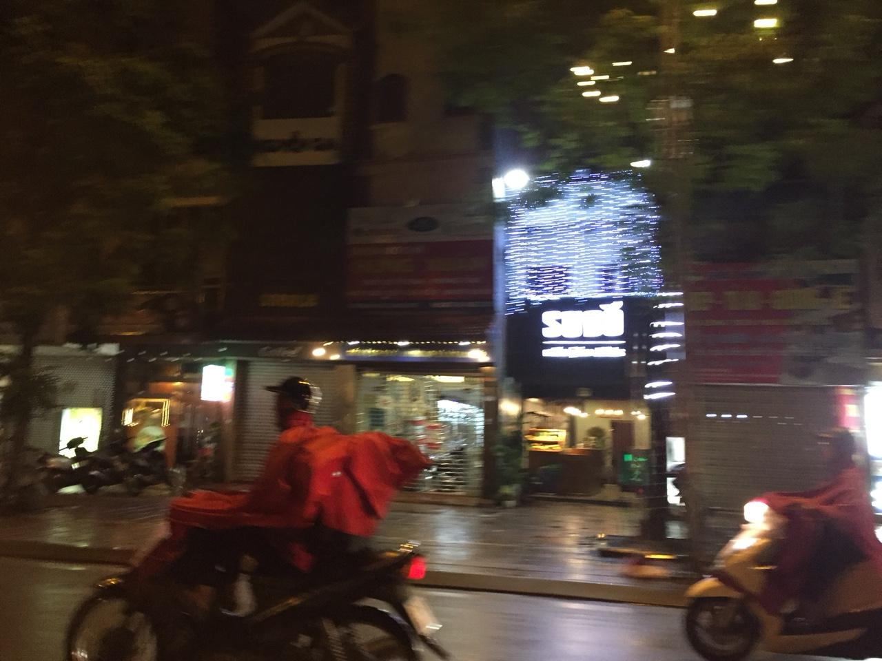 Làm biển quảng cáo tại huyện Gia Lâm Hà Nội 3