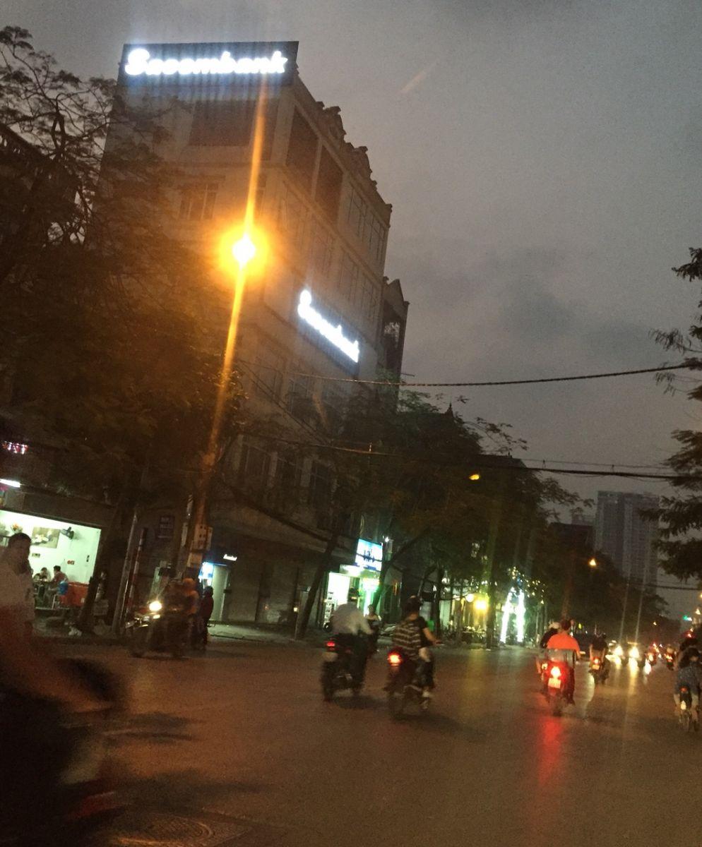 Thi công biển hiệu tại Hà Nội