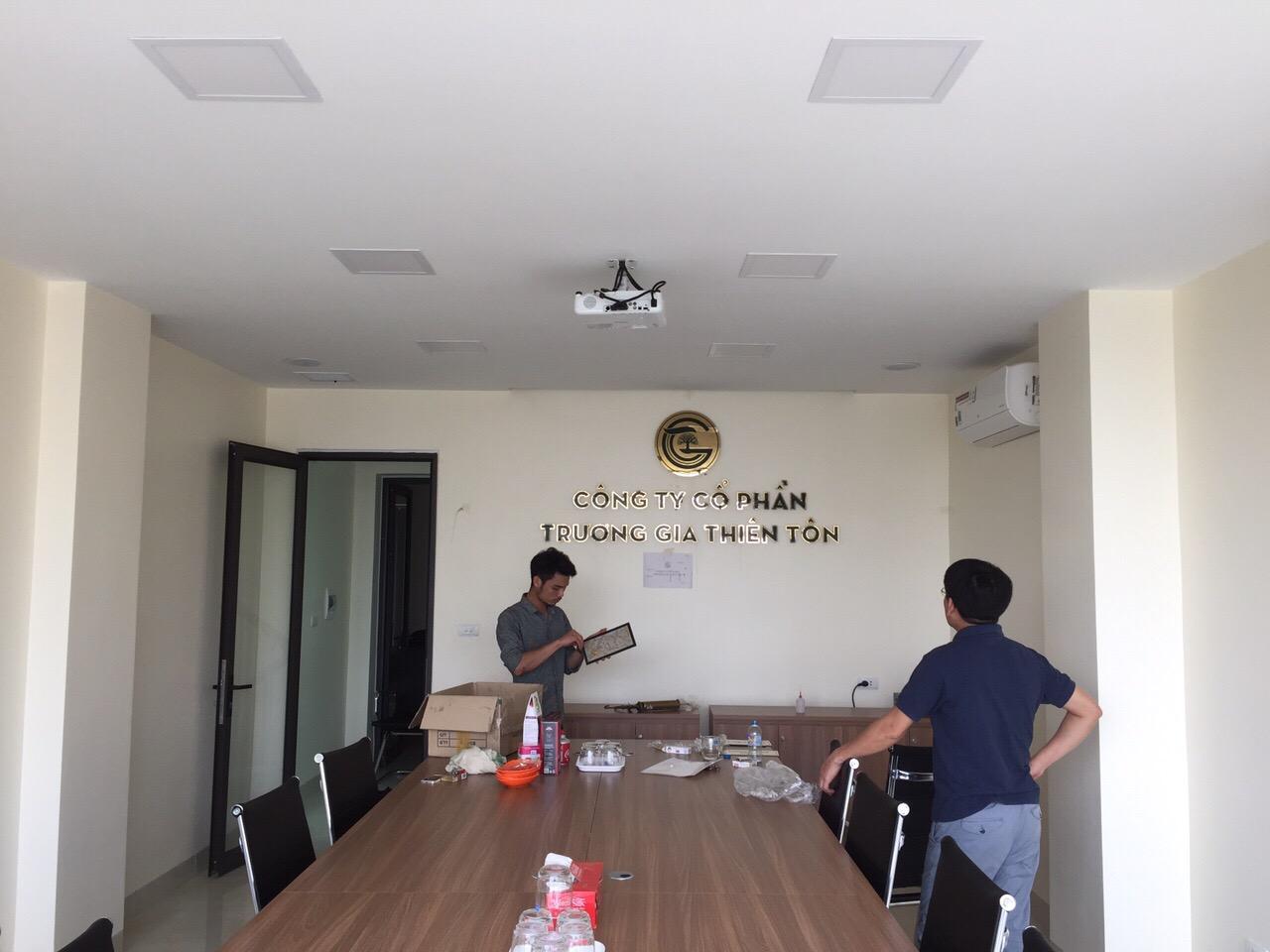 Làm Biển hiệu Chữ Nổi Chuyên Nghiệp Tại  Quận Long Biên 7