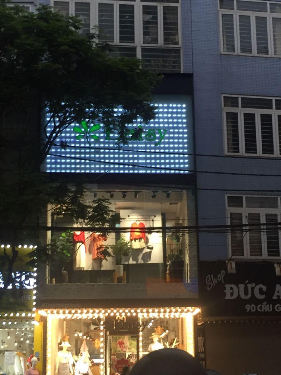 Làm biển hiệu quảng cáo tòa nhà chuyên nghiệp - Biển LED
