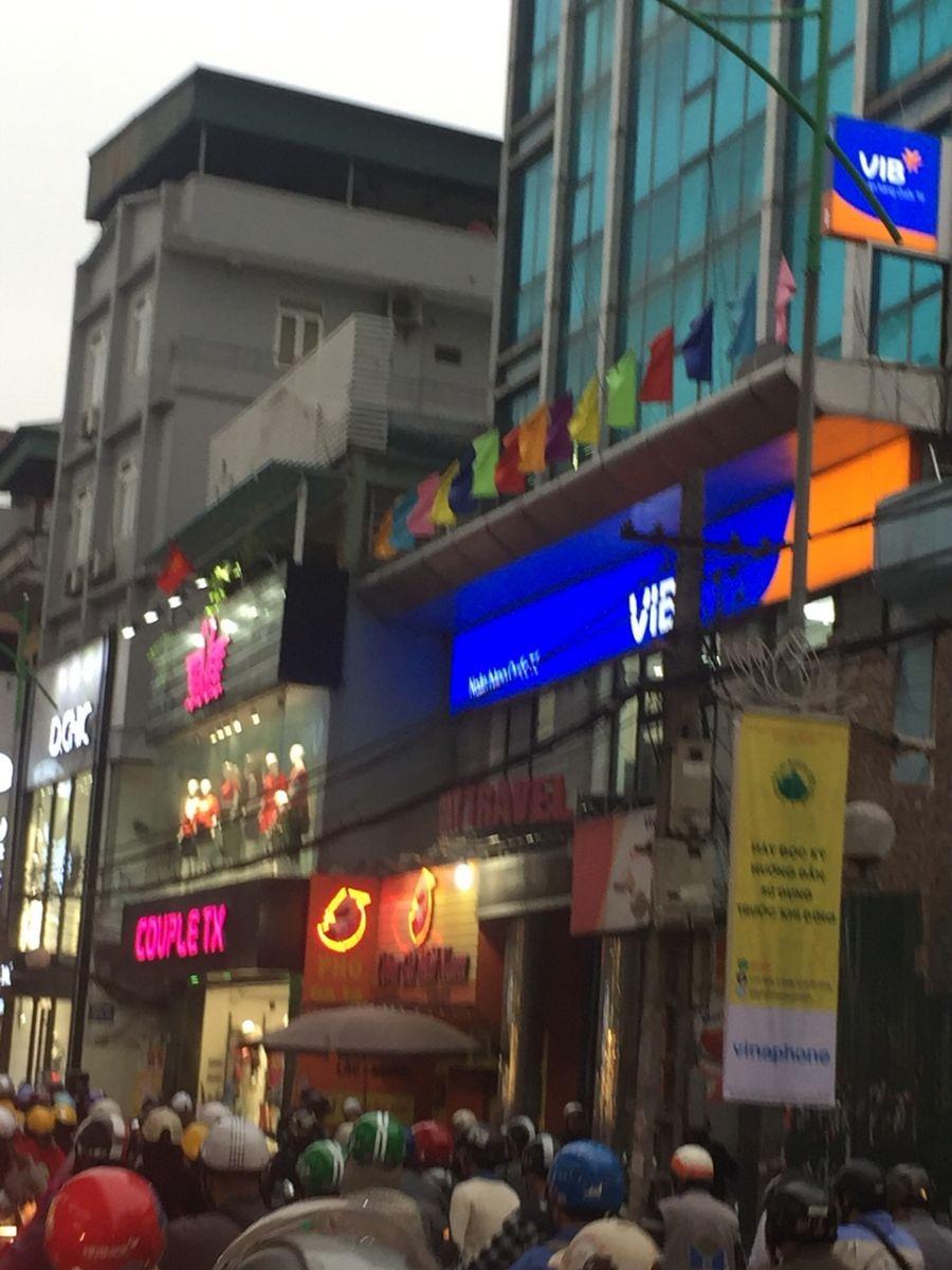 Thi công biển quảng cáo Chuyên Nghiệp tại Hà Nội